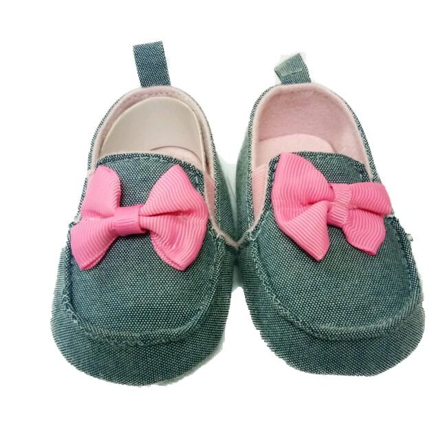 Giày tập đi kiểu - kiểu giày lười