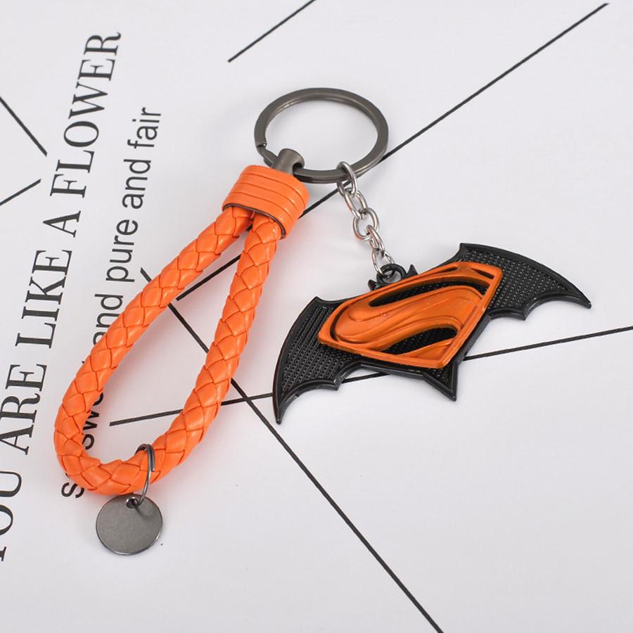 Móc khóa siêu anh hùng kèm dây - phi tiêu SuperMan - cam dây cam