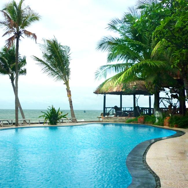 Mũi Né Minh Tâm Resort  tiêu chuẩn 3 sao bao gồm ăn sáng