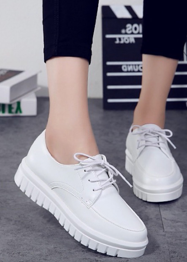 Giày SNK nữ cao 5p da cao cấp siêu mềm siêu nhẹ màu trắng