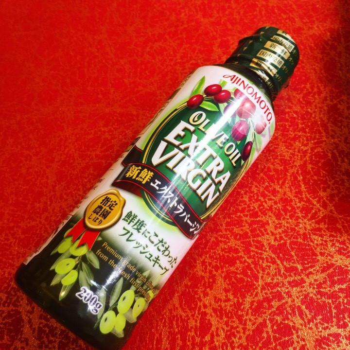 Dầu Olive nguyên chất Extra Virgin Ajinomoto 200g Nhật Bản